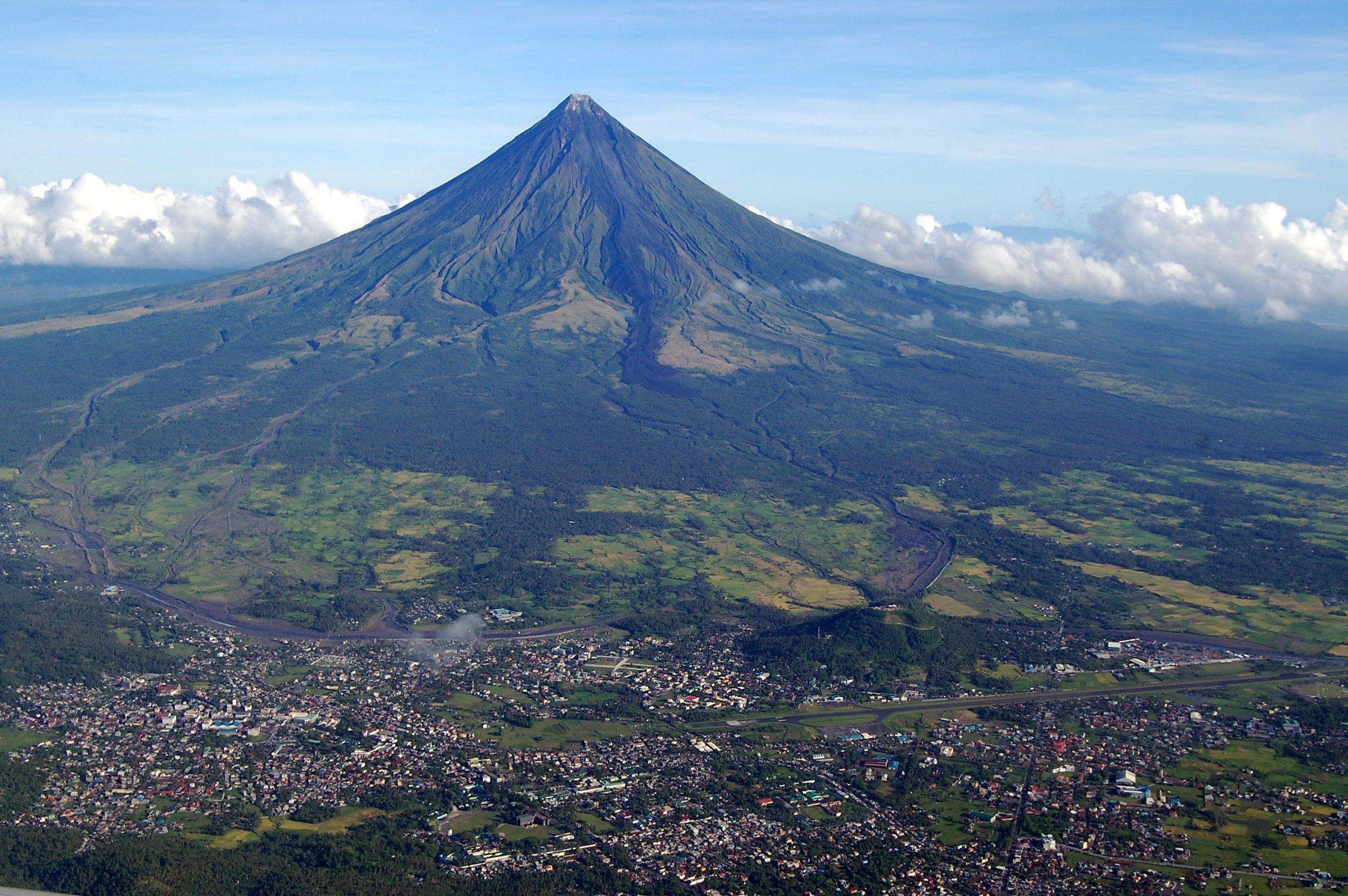 Construcció D'habitatges Per Les Víctimes Del Volcà Pinatubo