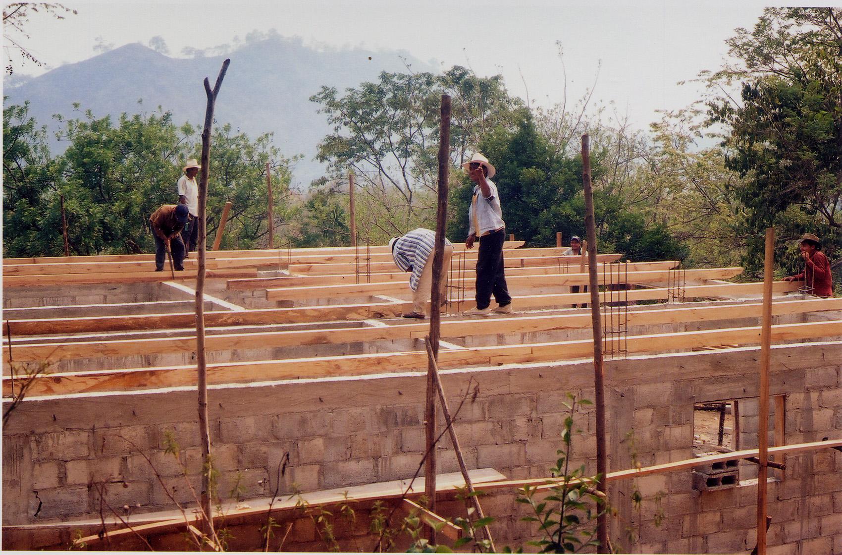 34-Montando La Estructura De La Cubierta