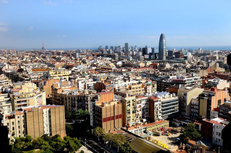 Dret A L'habitatge Digne I A La Ciutat A Barcelona