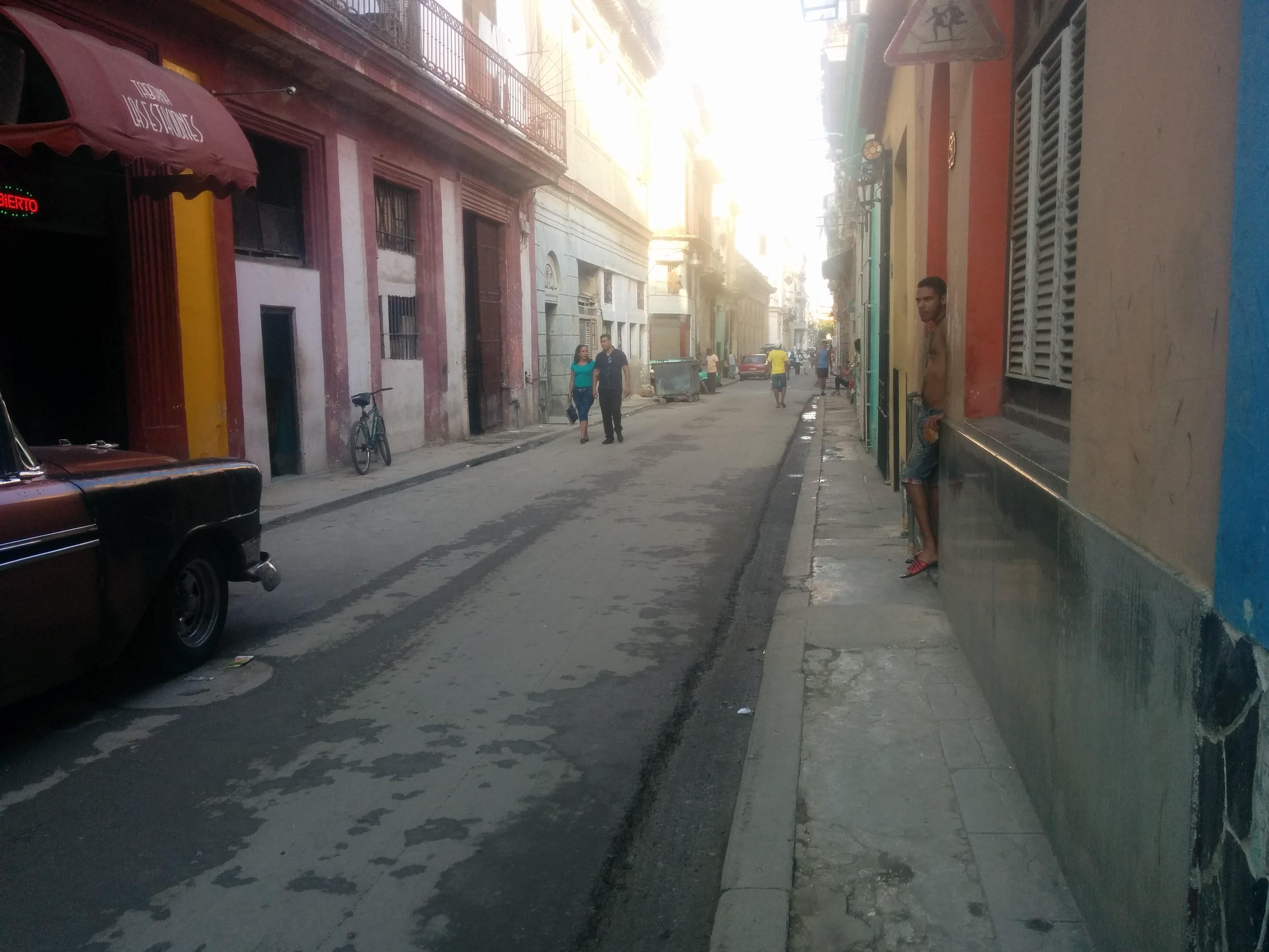 Accessibilitat Per A Persones Amb Discapacitat A La Habana