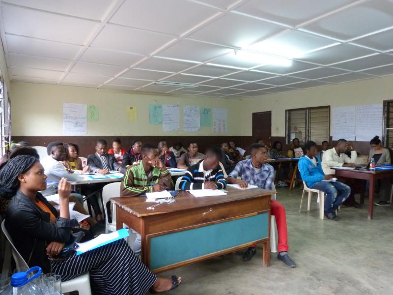 Formaciones De Activistas Sobre El Derecho A La Tierra En Maputo