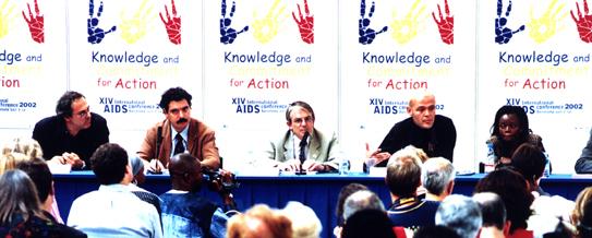 Arquitectura Efímera Pel XIV Congrés Mundial Del SIDA