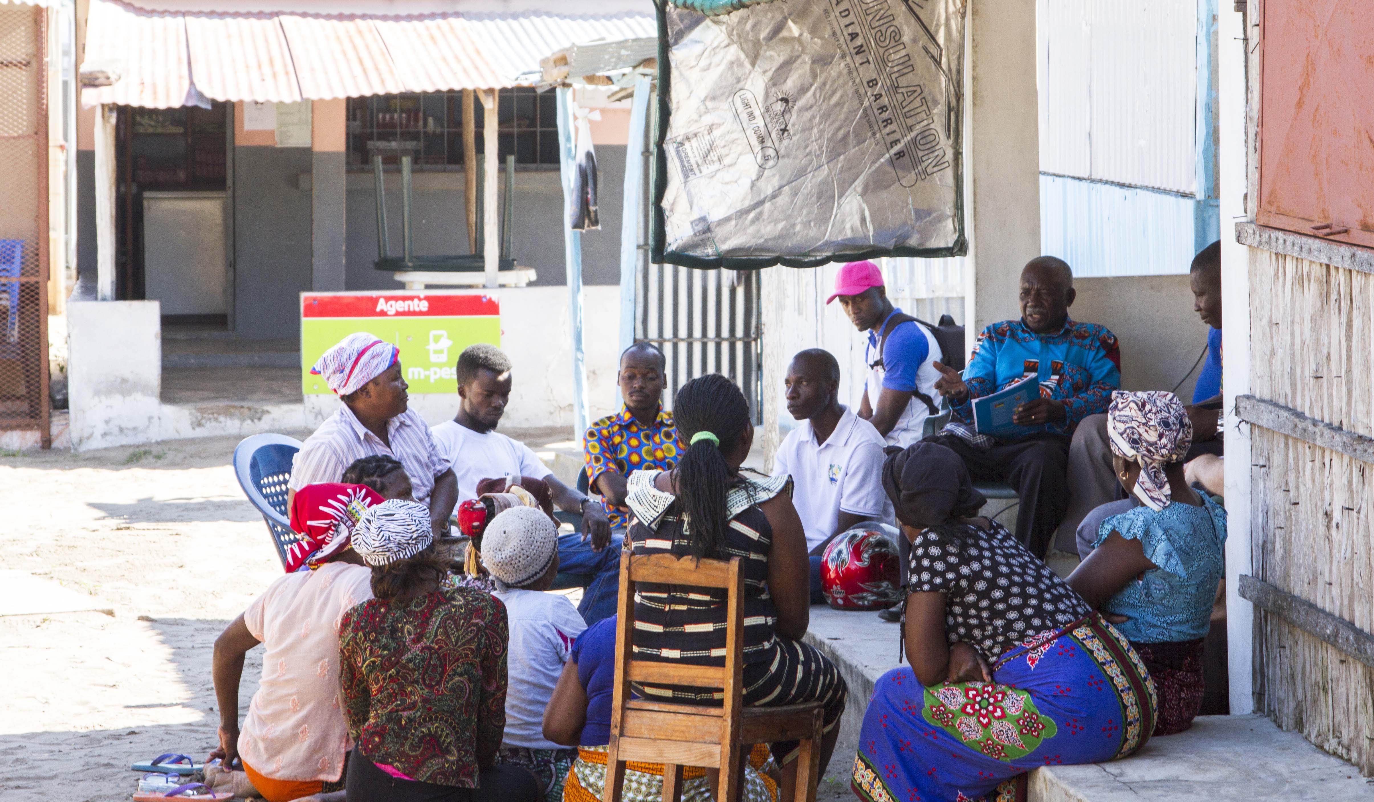 Desenvolupament De Metodologies Participatives Per A L'empoderament Ciutadà Basat En La Millora De La Xarxa De Mercats