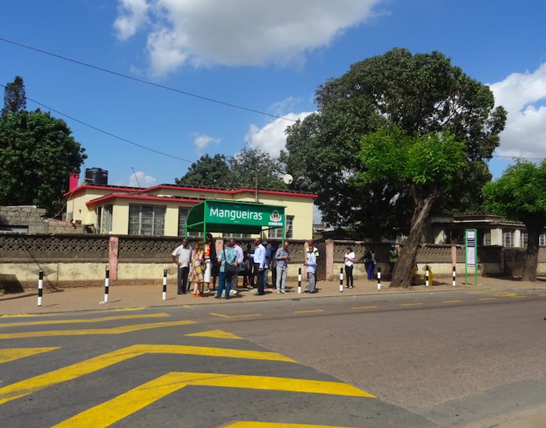 Marquesina Bus. Técnicos. Movilidad Maputo