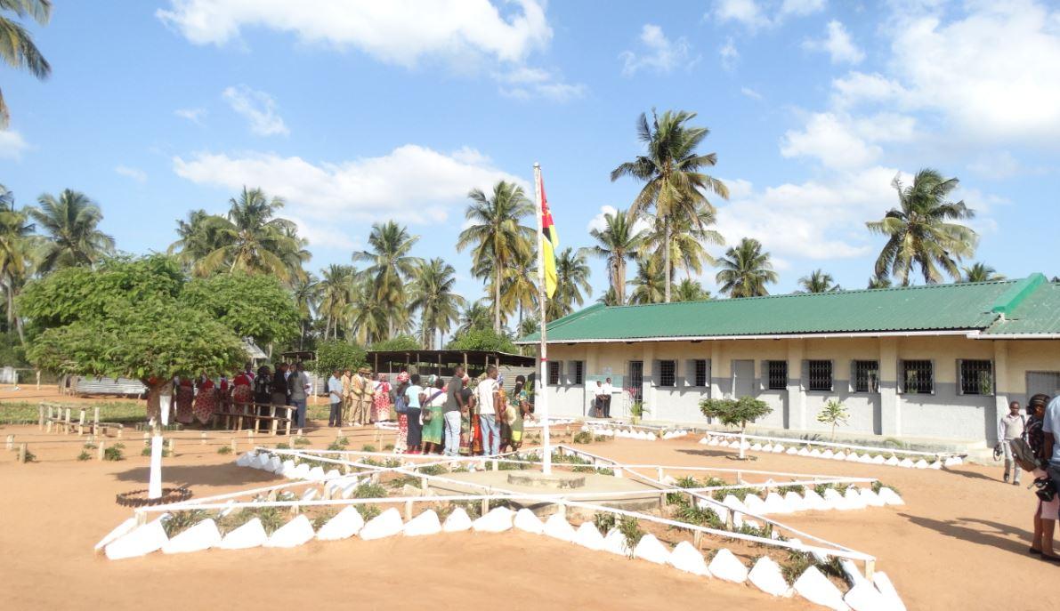 Celebració De La Cerimònia D'inauguració De Les Escoles Rehabilitades A Moçambic